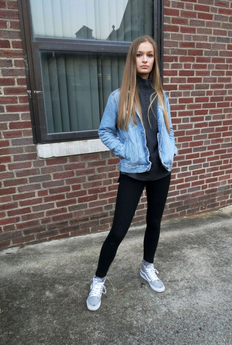 95a95292f Denim Jacket & High Tops Outfit | Styling Tips | White turtleneck ...