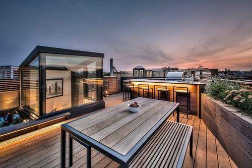 This Lincoln Park Duplex Loft Has One Of The Best Roof Decks Rooftop Terrace Design Rooftop Design Terrace Design