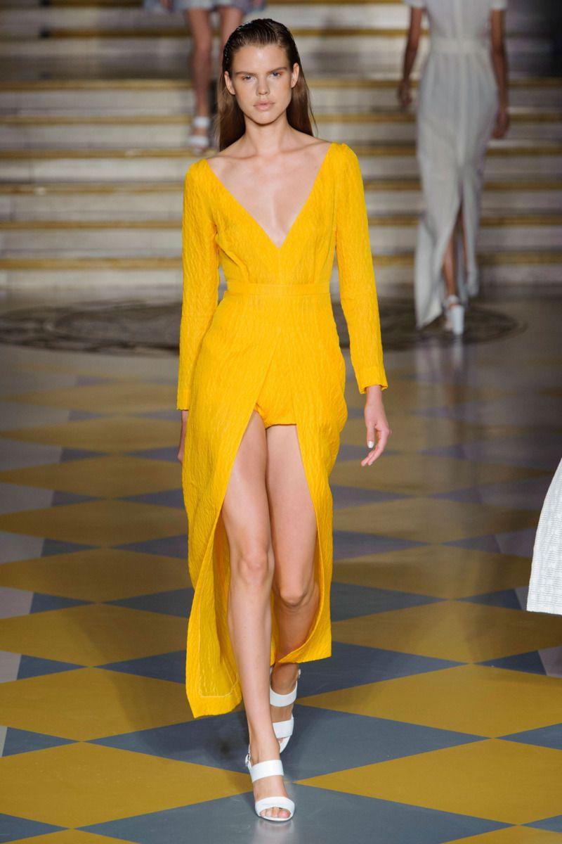 #EmiliaWickstead #2015 #Fashion #Show #ss2015 #lfw #London #Fashionweek via @TheCut