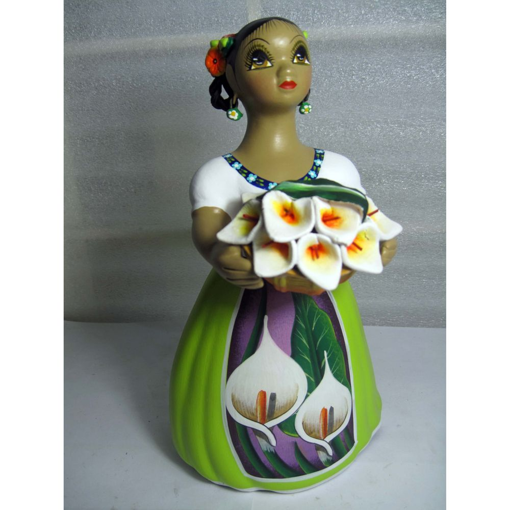 Handcrafted Traditional Mexican Lupita Doll Flower seller (Mexico) | Overstock.com