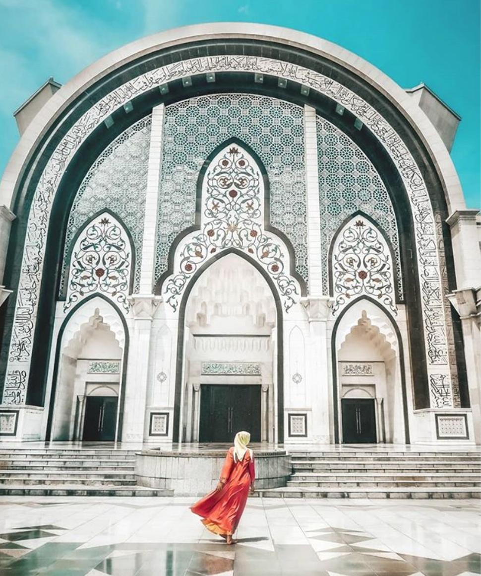 Federal Territory Mosque In Kuala Lumpur Malaysia Travel Kuala Lumpur Taj Mahal