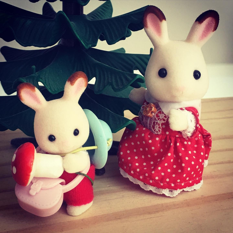 Out And About With Freya Creme Www Wigwamtoys Co Uk Plantoys Littleconceptsuk Poundpuppies Strawberryshortc In 2020 Plan Toys Toys Shop Pound Puppies