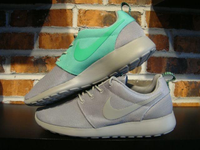 ed3f30dfac68 Nike RosheRun