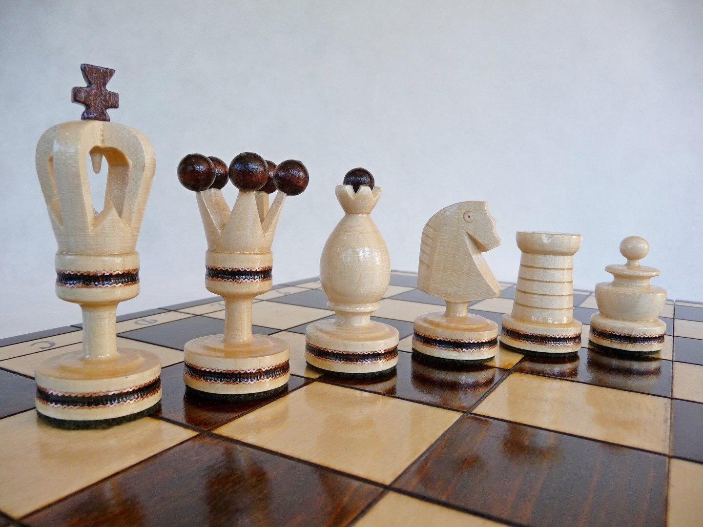 Pin by ਰਾਜਨ ਸਿੰਘ on My Design (With images) Wooden chess