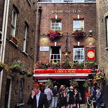 Lamb And Flag Oldest Pub In London Proper Building Circa 1623 Pub On Site Since 1772 Photo By Jim Cantore Old Pub London Photo