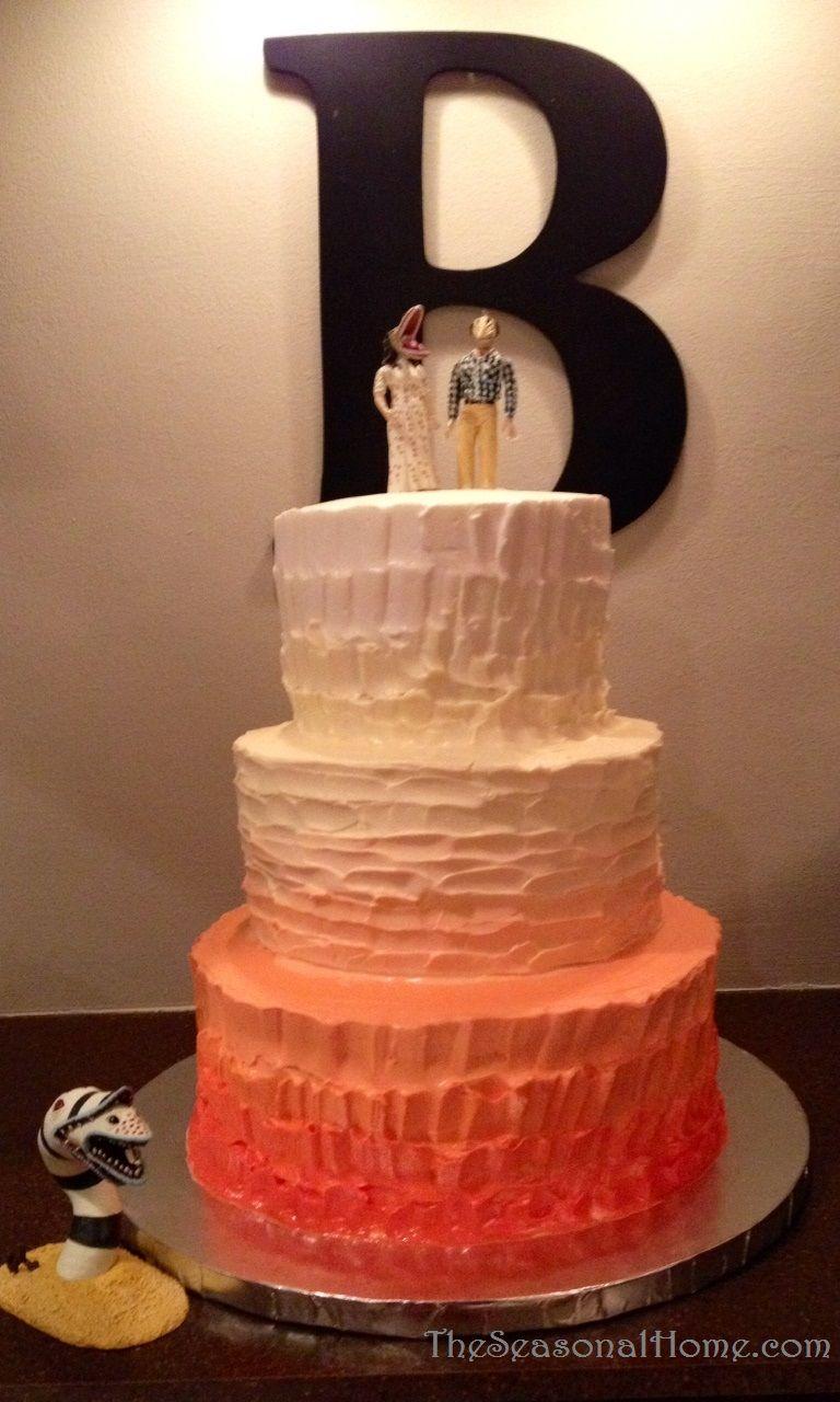 hombre wedding cake idea using beetle juice characters as cake