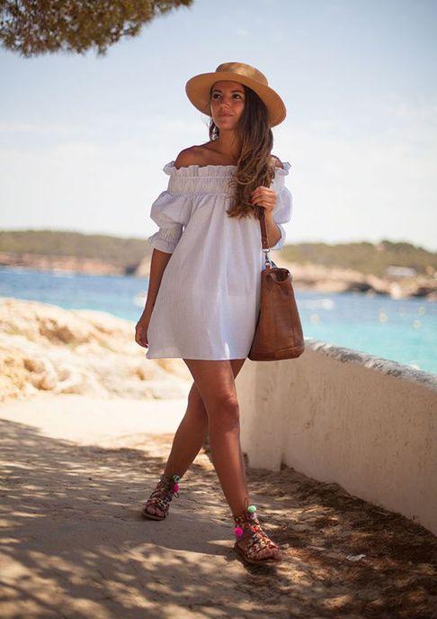 b7ee388e69b696 Pinterest : 43 looks avec une robe blanche à copier cet été | Beach ...