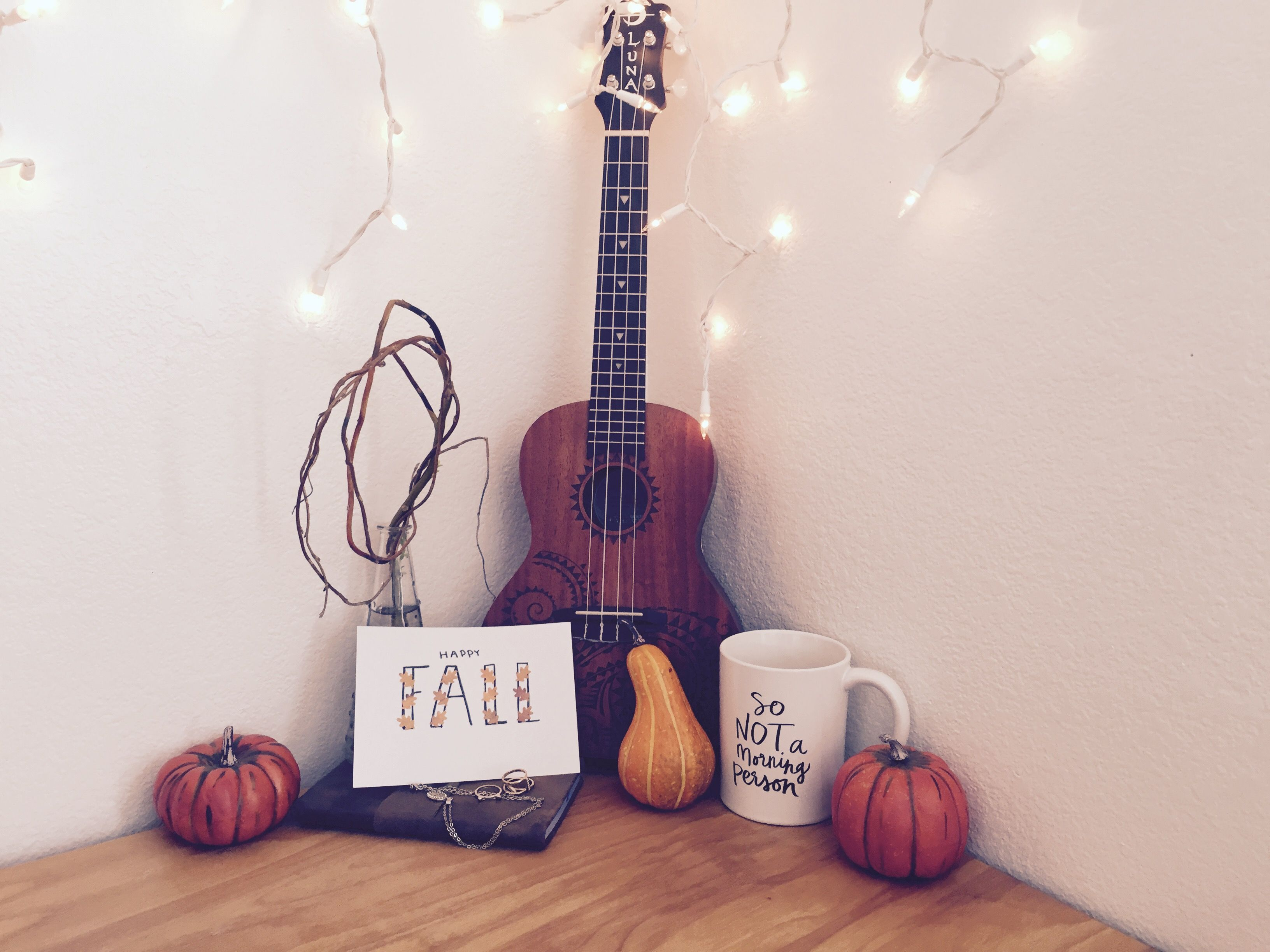 Pin by Lyddi19 on fall/autumn in 2019 | Ukulele, Cool ...