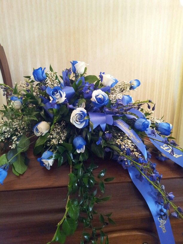 Blue And White Roses Casket Spray Flowers Photo Of Funeral Flowers Casket Flowers Funeral Flowers Funeral Flower Arrangements