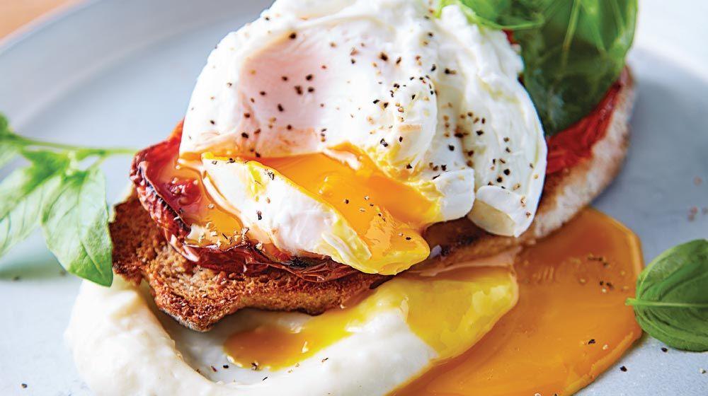 Crostini de huevo con puré de coliflor para tu desayuno | Receta | Puré de  coliflor, Recetas de comida, Desayuno