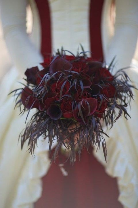 60 Halloween Wedding Bouquets To Get Inspired Red