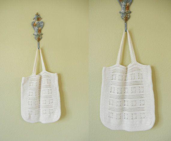 Vintage Crochet Tote Bag  1970's Crochet Bag por GracedVestige, $21.00
