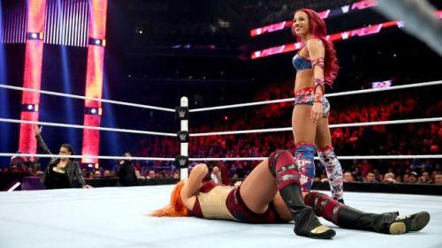 Sasha Banks injury: WWE Diva sidelined with undisclosed issue...: Sasha Banks injury: WWE Diva sidelined with undisclosed issue #BeckyLynch…