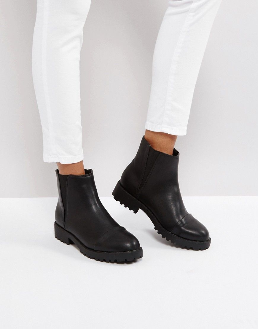 d453e4e95c36 ASOS ADMIRER Flat Chelsea Ankle Boots - Black