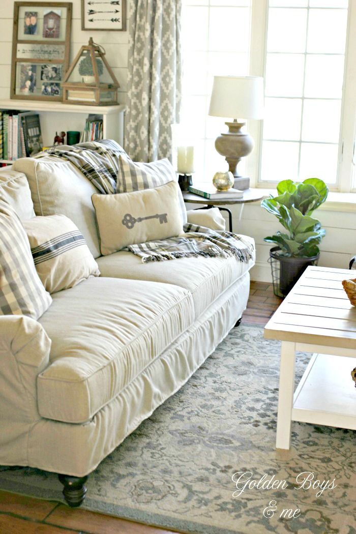 Winter decor in our living room diy home decor ideas - Simple home decorating ideas living room ...