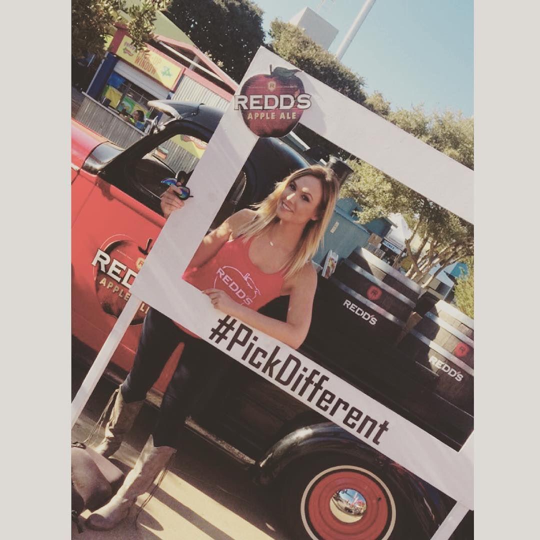 I  Amy Schumer #redds #pickdifferent #oddballcomedyfestival #amyschumer #promolife #oddball #OddballFest by megfarrah