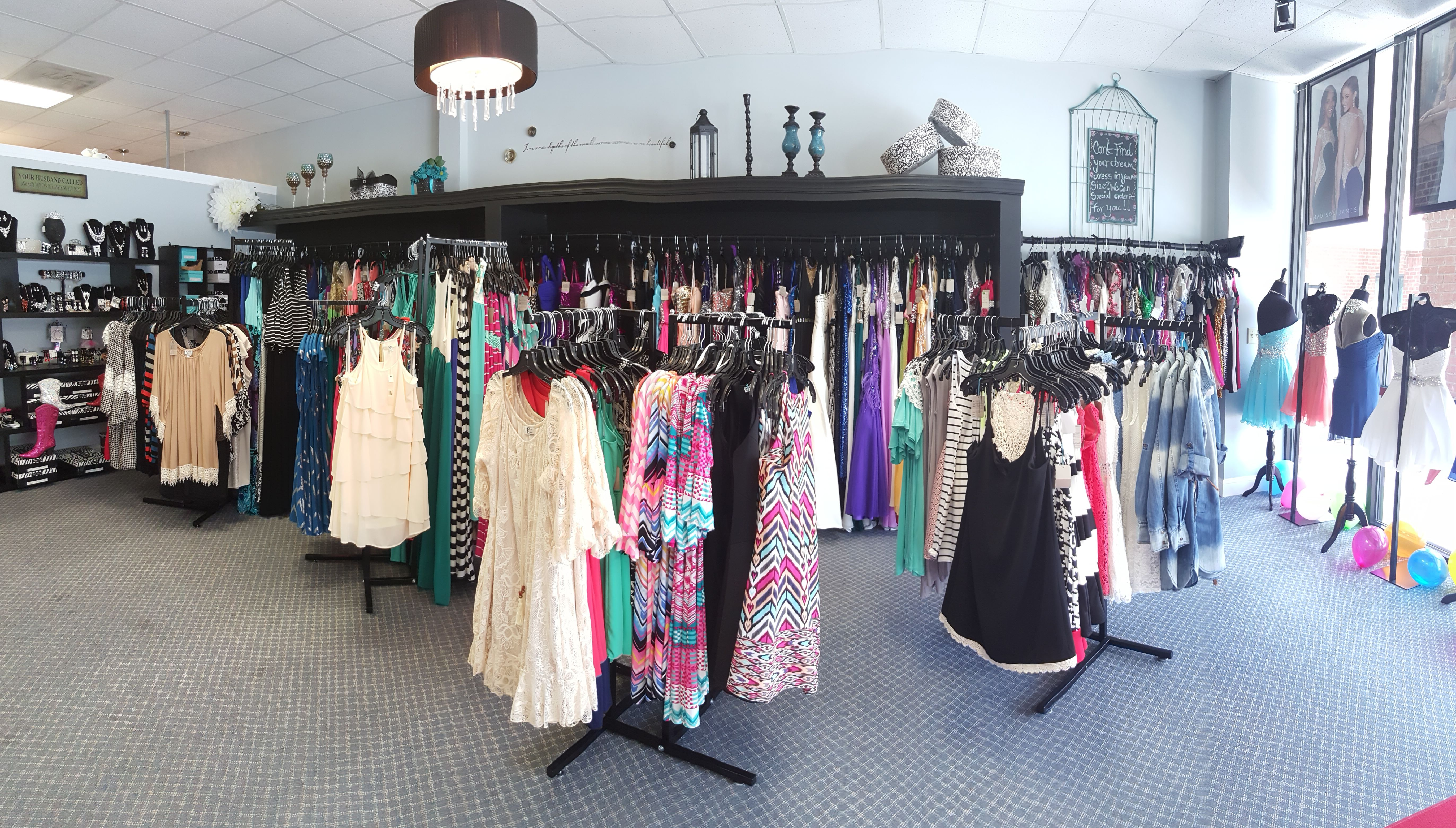 We are a bridal and prom dress store in Rincon, GA near Savannah! We ...