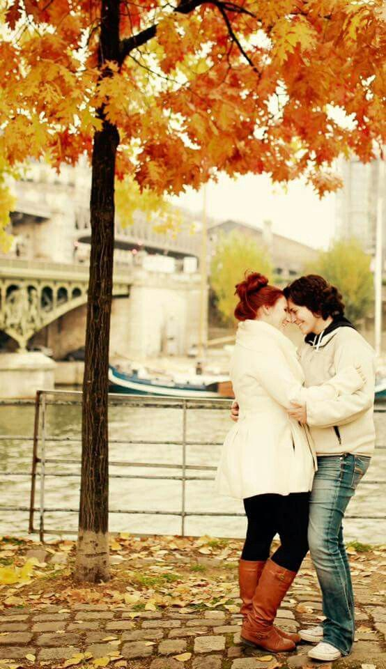 Paris Engagement Paris Engaged Lesbians Love Suprise