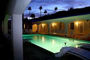 POSH Palm Springs Inn named Top 10 Modern inns by BedandBreakfast.com  #bnbawards