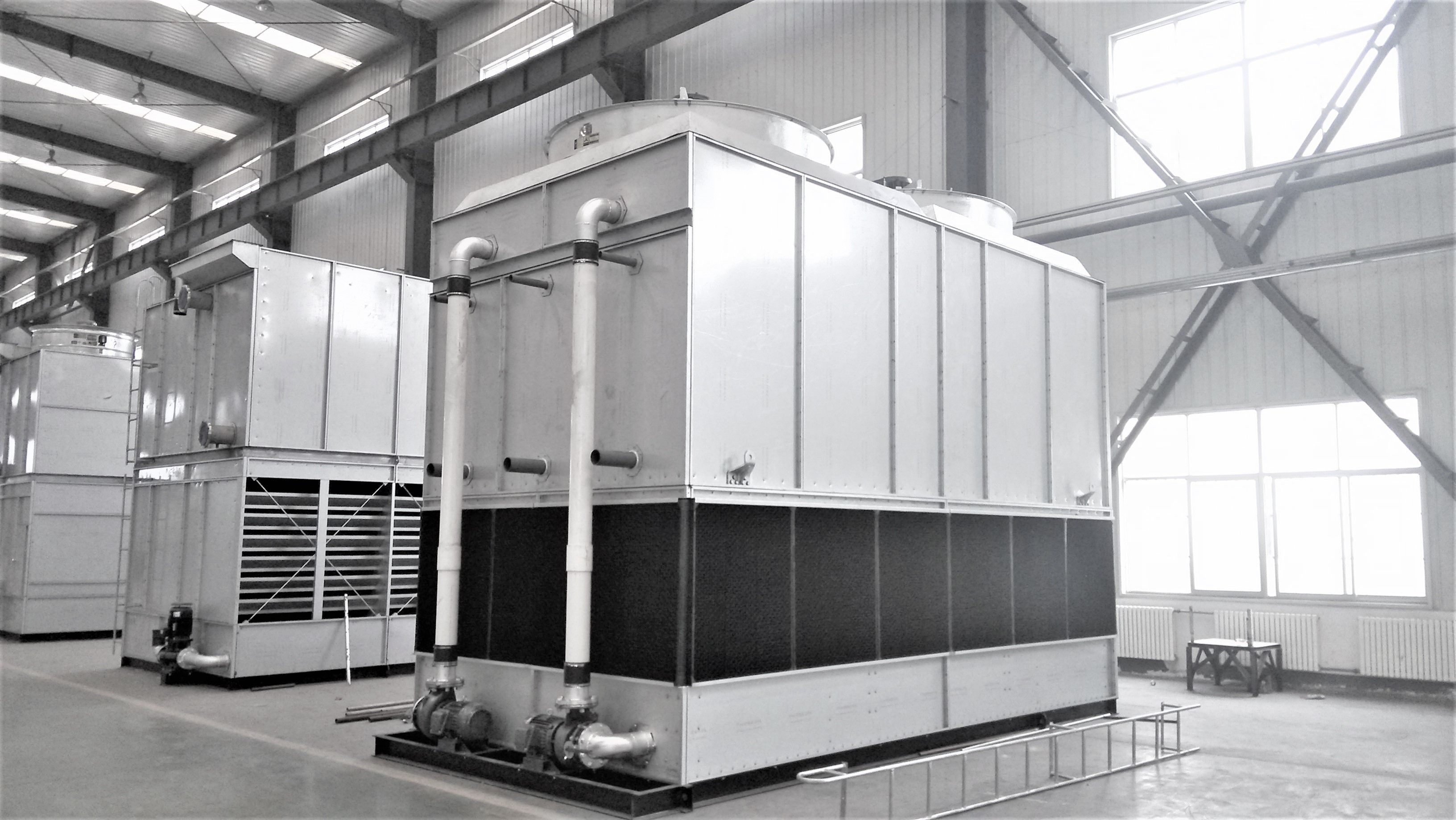 Counter flow CoolingTower, compact structure, less