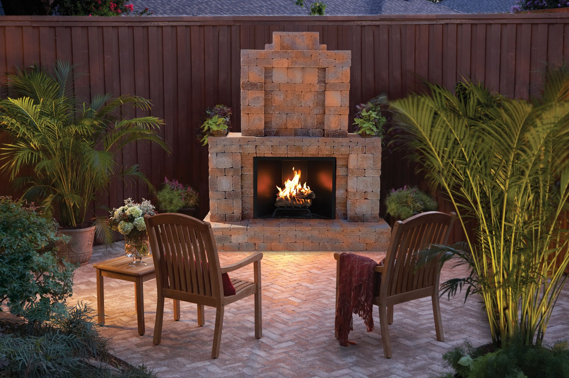 A Beautiful Rumblestone Outdoor Fireplace #Diy
