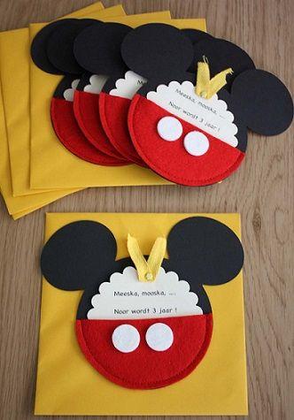 Invitaciones De Cumpleaños Caseras De Mickey Mouse Invitaciones Caseras Invitaciones Mickey Invitaciones Para Fiestas Infantiles