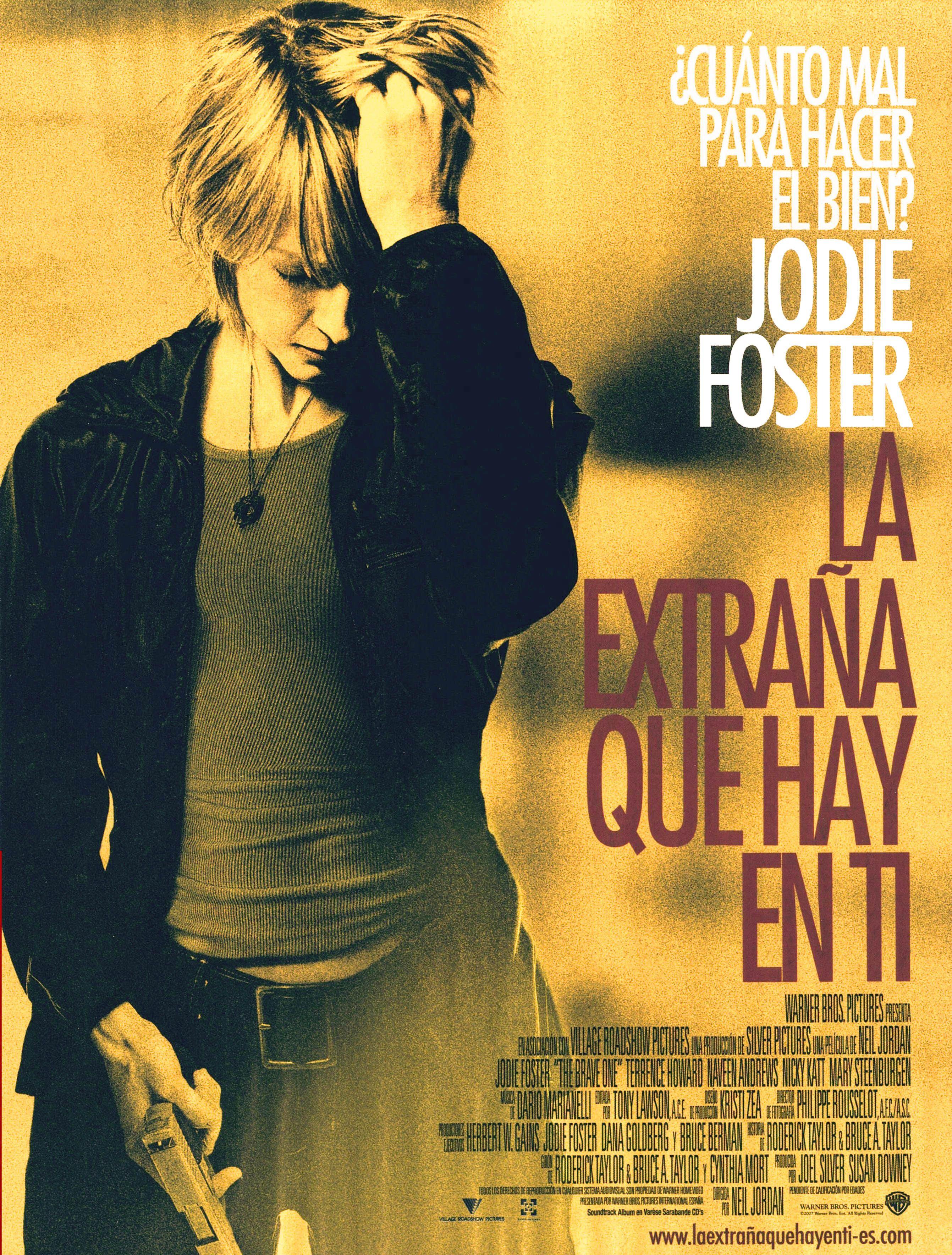 Cartel Espanol De La Extrana Que Hay En Ti Peliculas Cine The Fosters Peliculas Completas