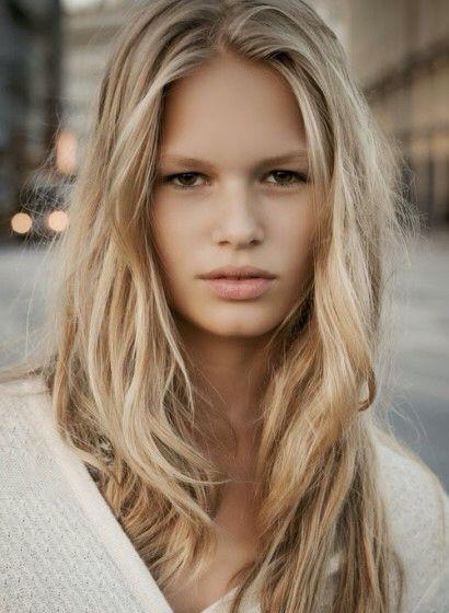 blondinen mit braunen augen
