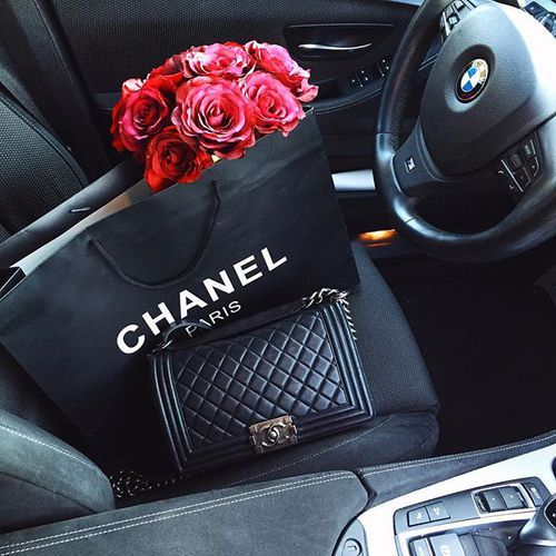 The Ultra Privileged Life Have the bag and the Mercedes ... 4eacda1f3579e