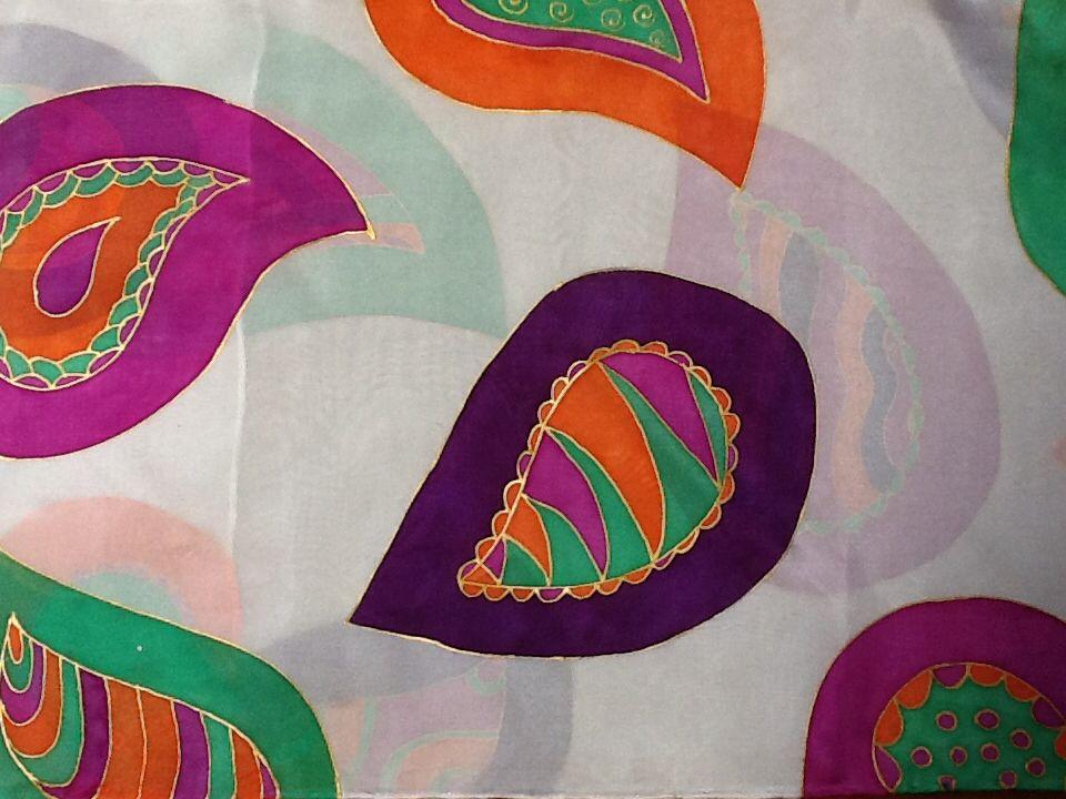 Chal de seda pintado a mano,Patricia Bueso Fiallos
