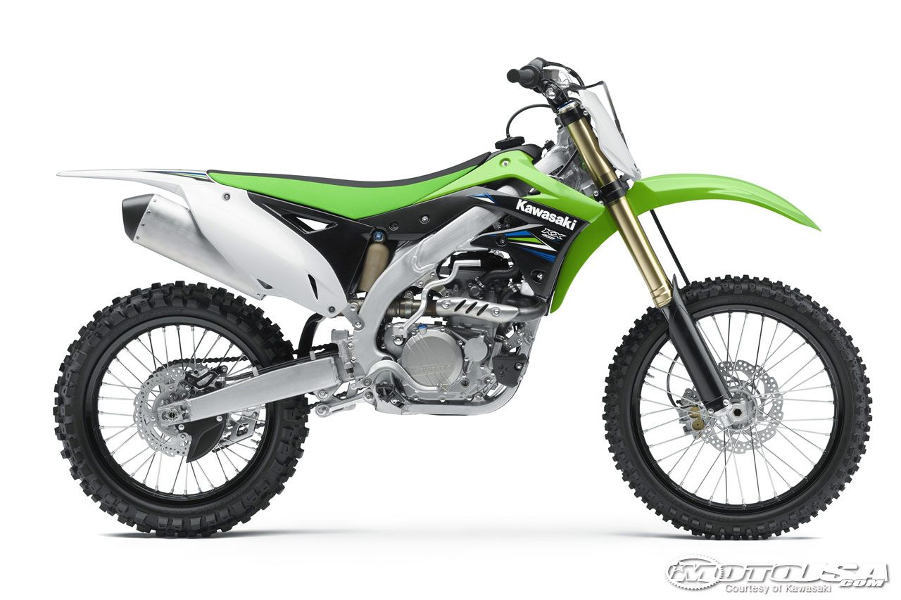Kawasaki 450 | Cars and land transportation. Moving rapidly across