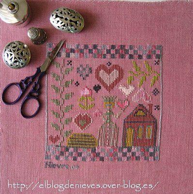 ewe eye and friends cross stitch patterns | ... of Nevis. Work and Cross Stitch: Ewe Eye and Friends- Queen of Hearts
