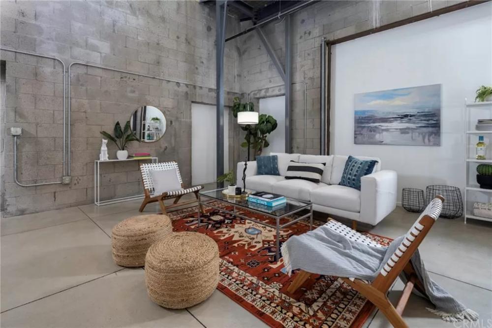 831 Pine Ave Long Beach Ca 90813 1 Bed 1 Bath Condo Mls Pw19242494 35 Photos Trulia In 2020 Open Floor Plan Kitchen Modern Loft Cinder Block Walls