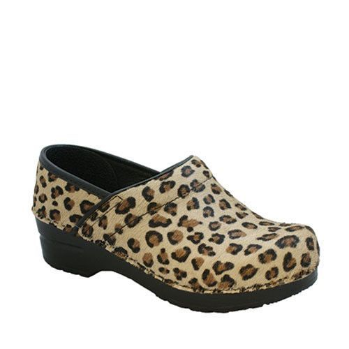 Professional Safari Leopard Clog