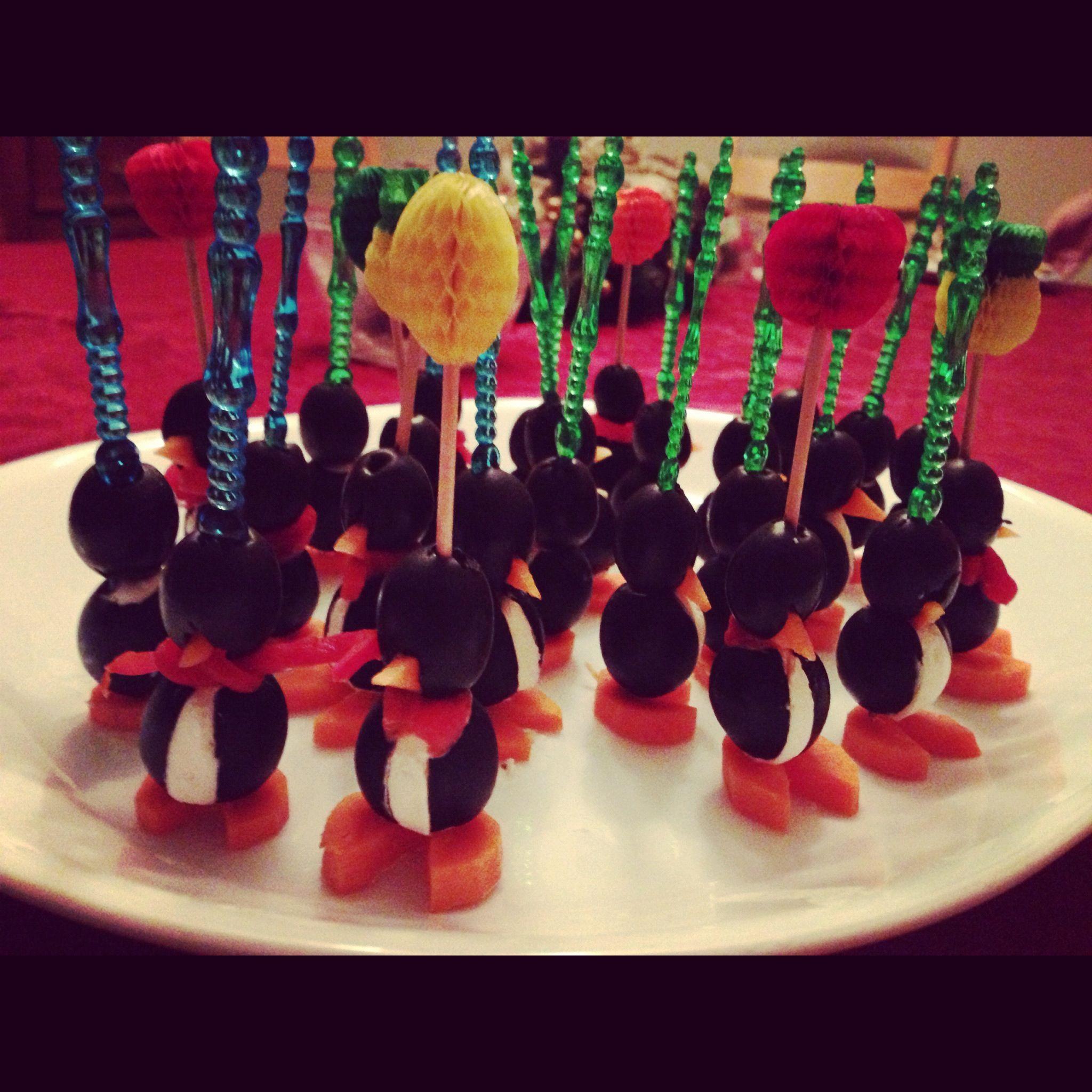 Little Olive Penguin Appetizers. Cute Christmas Party Idea