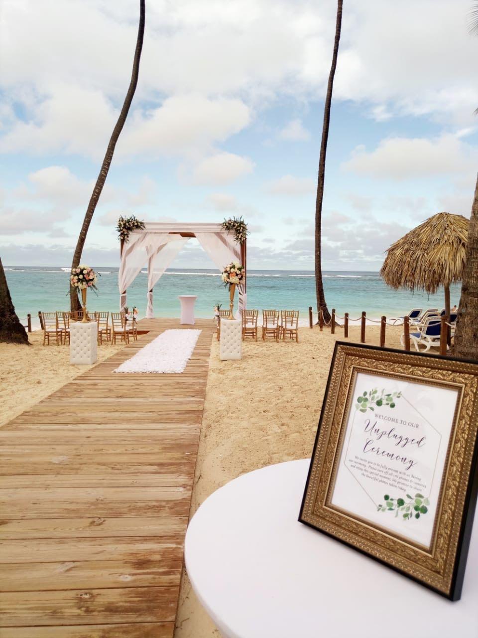 Beach Gazebo Ceremony At Royalton Punta Cana Gazebo Wedding Royalton Punta Cana Resorts Royalton Punta Cana