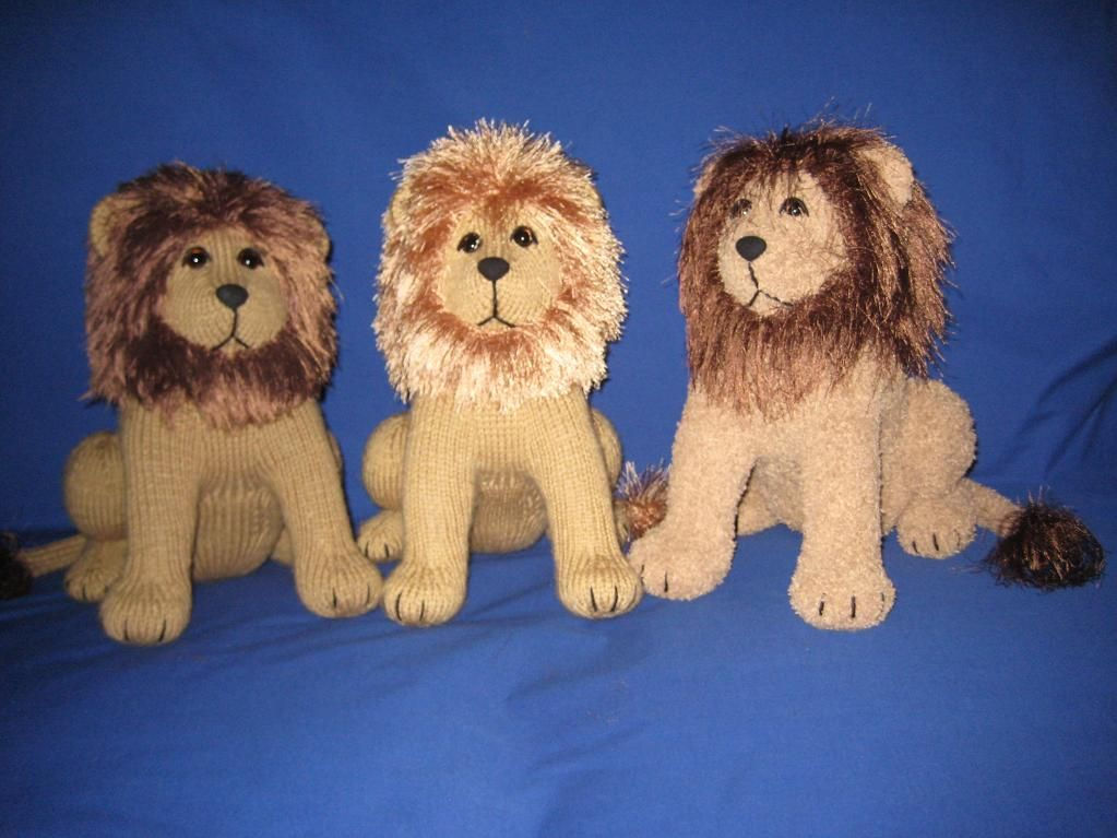 Roary the lion by tigerlady just adorable knitcrochet dolls looking for knitting project inspiration check out roary the lion by member tigerlady dt1010fo