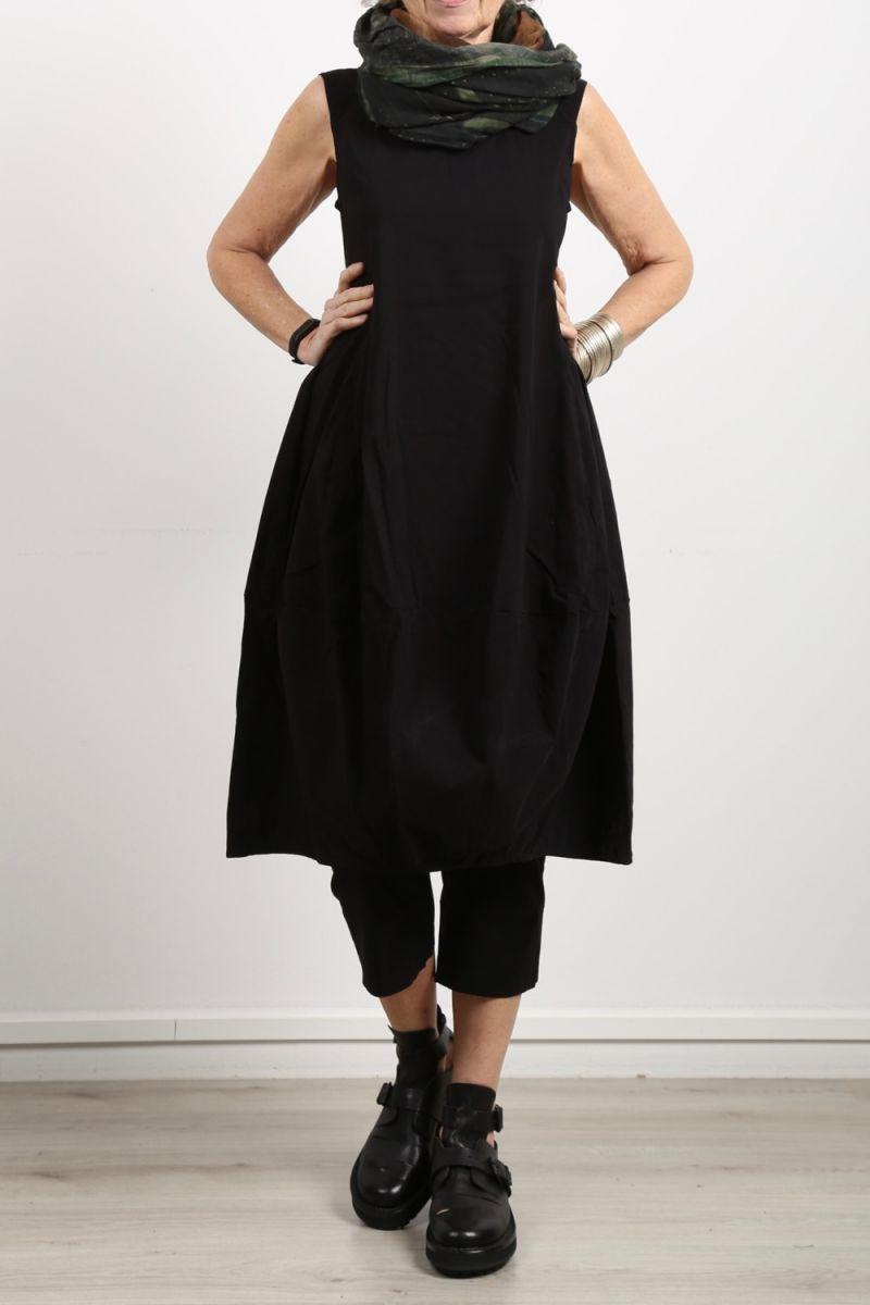 rundholz black label - Ballonkleid ärmellos Stretch black - Sommer 2020 344 0930 - stilechtonline.de - avantgardistische damenmode kaufen