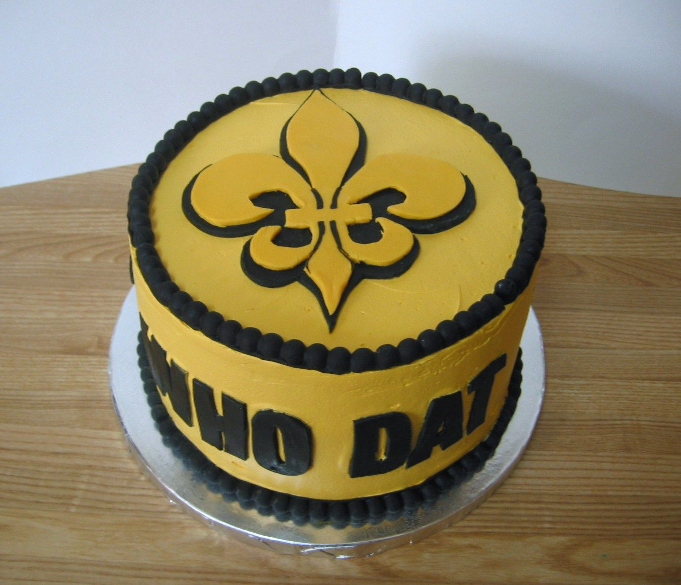 New Orleans Saints Who Dat Birthday Cake Rubios Cupcakes
