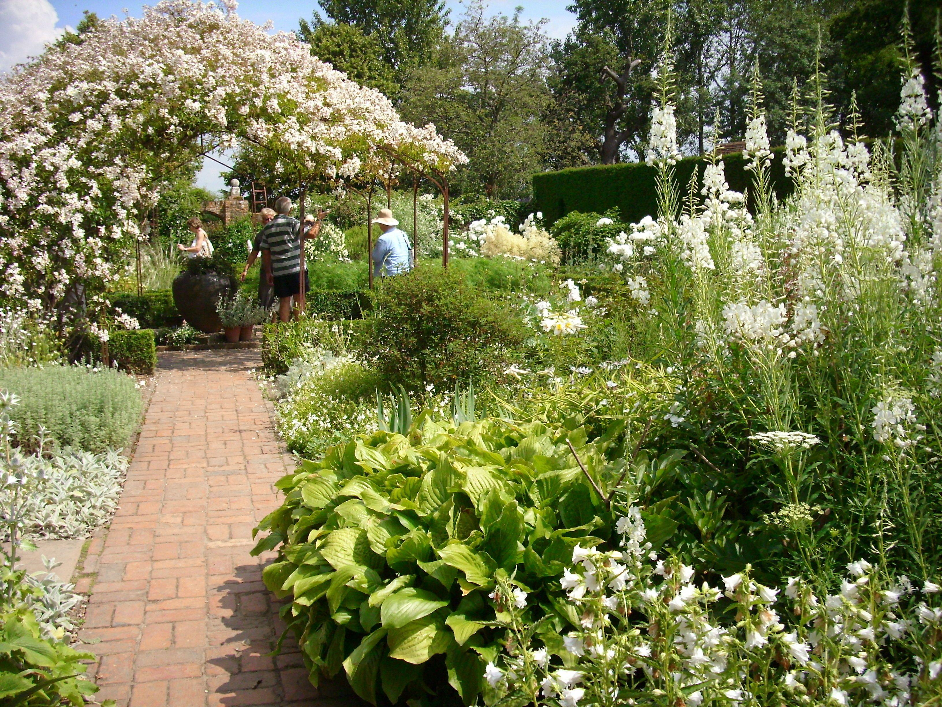 Weißer Garten sissinghurst weißer garten beim dritten besuch endlich wirklich