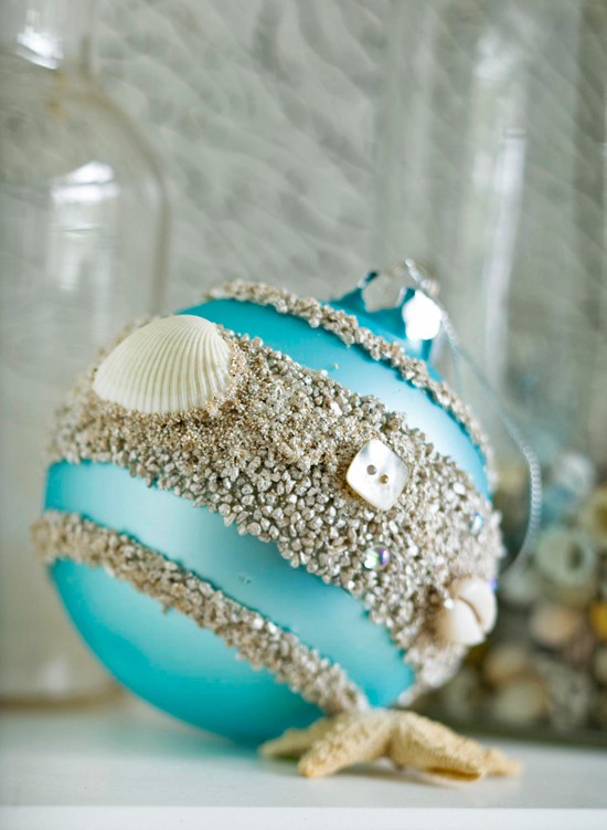 Make plain glass ornaments more meaningful by gluing seashells and make plain glass ornaments more meaningful by gluing seashells and sand to them traditional home solutioingenieria Gallery