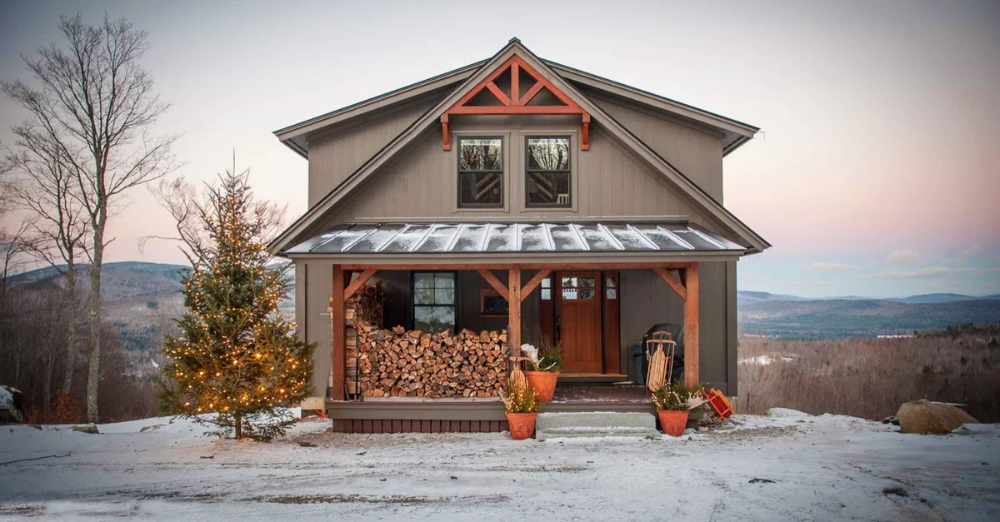 Moose Ridge Lodge a post and beam barn structure by Yankee Barn Homes is a smaller mountain style home that serves as a vacation home for a fun loving family The three bedroom three bath house es in at 1657 square feet
