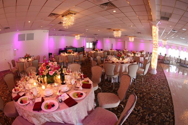 Real Wedding Of Jacqueline Jason At Crystal Point Yacht Club Contemporary Weddings Magazine