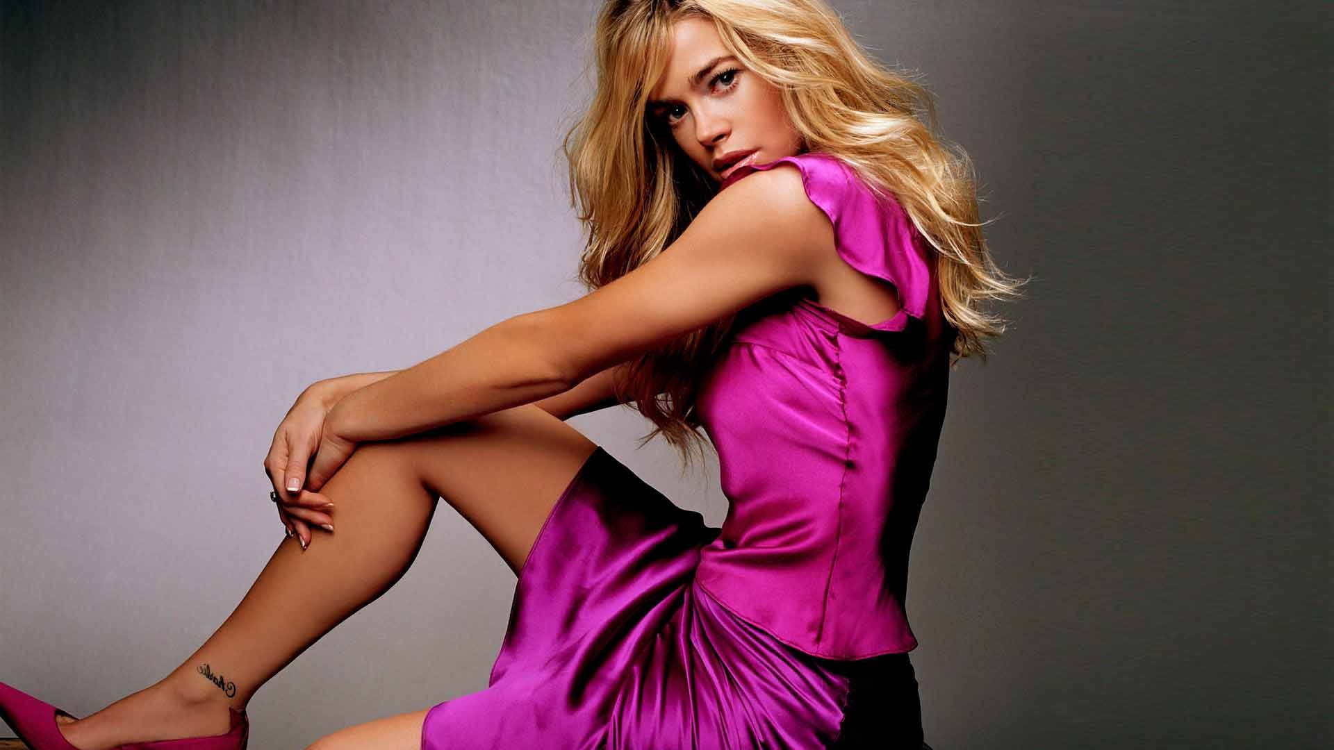 Denise Richards Super Hot HD Wallpapers Free Download HD