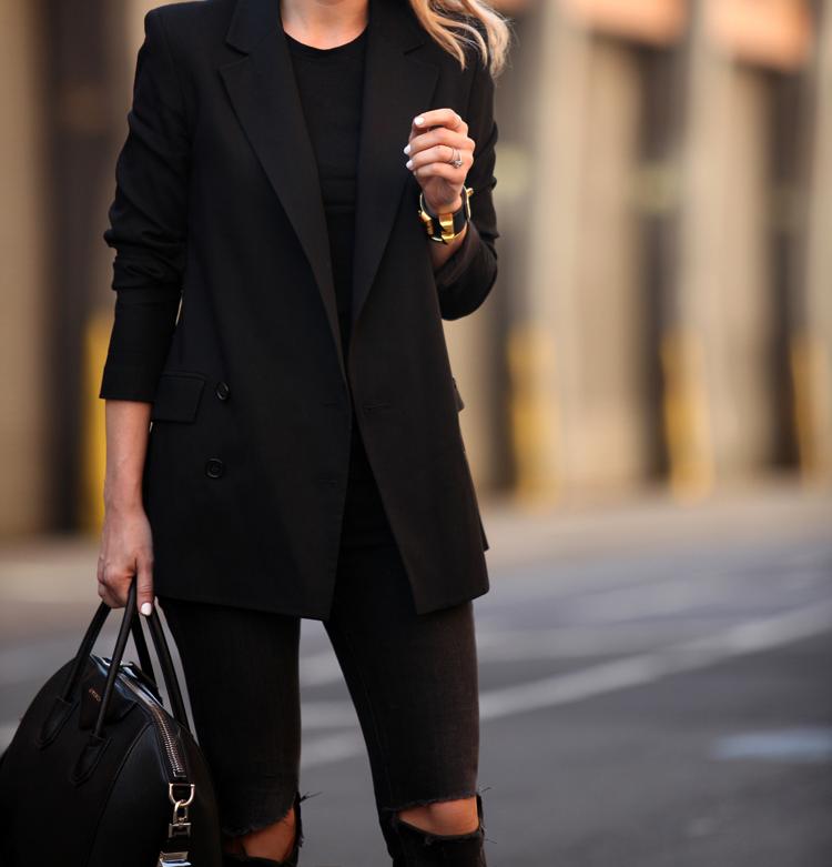 Washington Street via BrooklynBlonde.com / @Helena Glazer Blazer: Theory | Jeans: Rag & Bone | Tee: Vince | Boots: Isabel Marant 'Dicker' | Bag: Givenchy Medium Antigona | Sunglasses: Celine | Bracelets: Brandy Pham Needle Bracelet, Hermes Wednesday, May 13, 2015