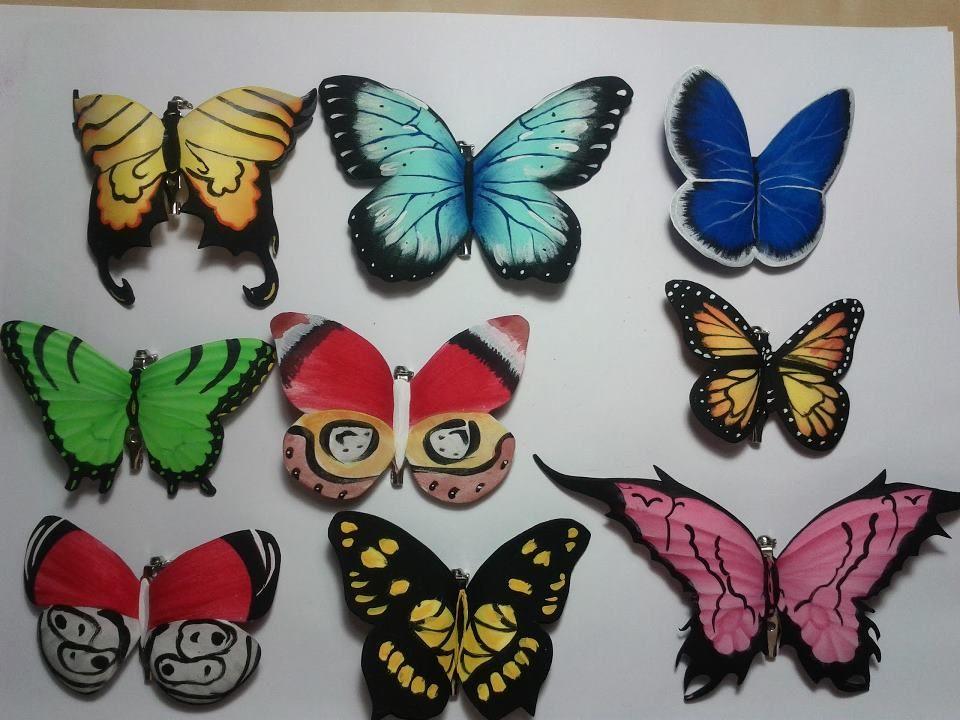 broches de mariposas hechos con gomaeva y pintura acrlica