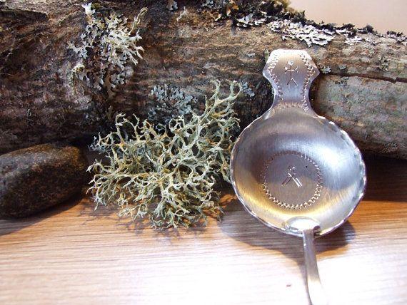 Small bowl with spoon Laplander / / Tin Swedish by tiendanordica, $24.00