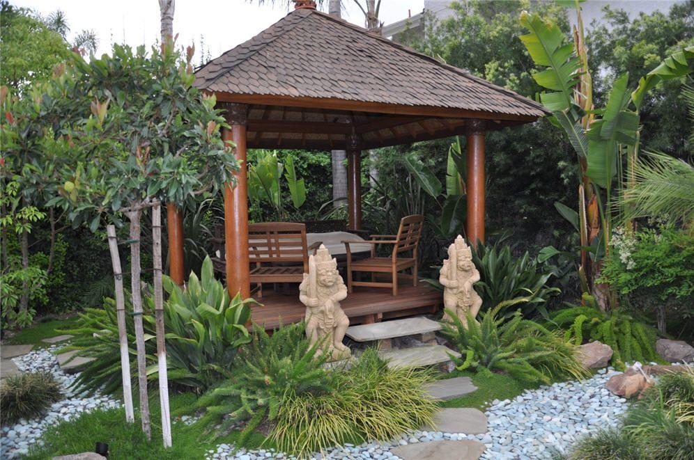 Balinese gazebo pergola outdoor living pinterest for Decoration jardin tropical