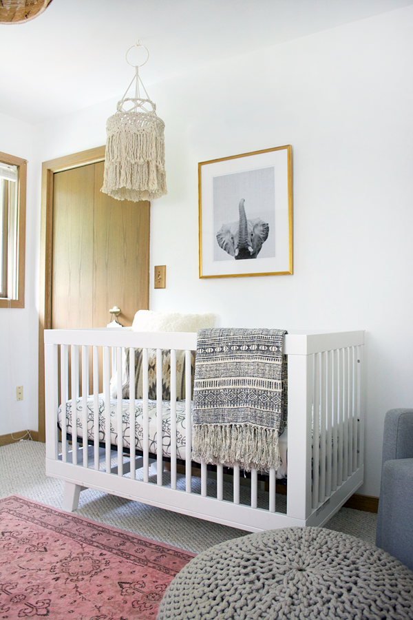 Boho Chic Girl\'s Nursery Reveal | Chic baby rooms, Baby room ...