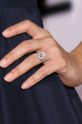 Celebrity Engagement Rings Jessica Alba 333 500 Celebrity